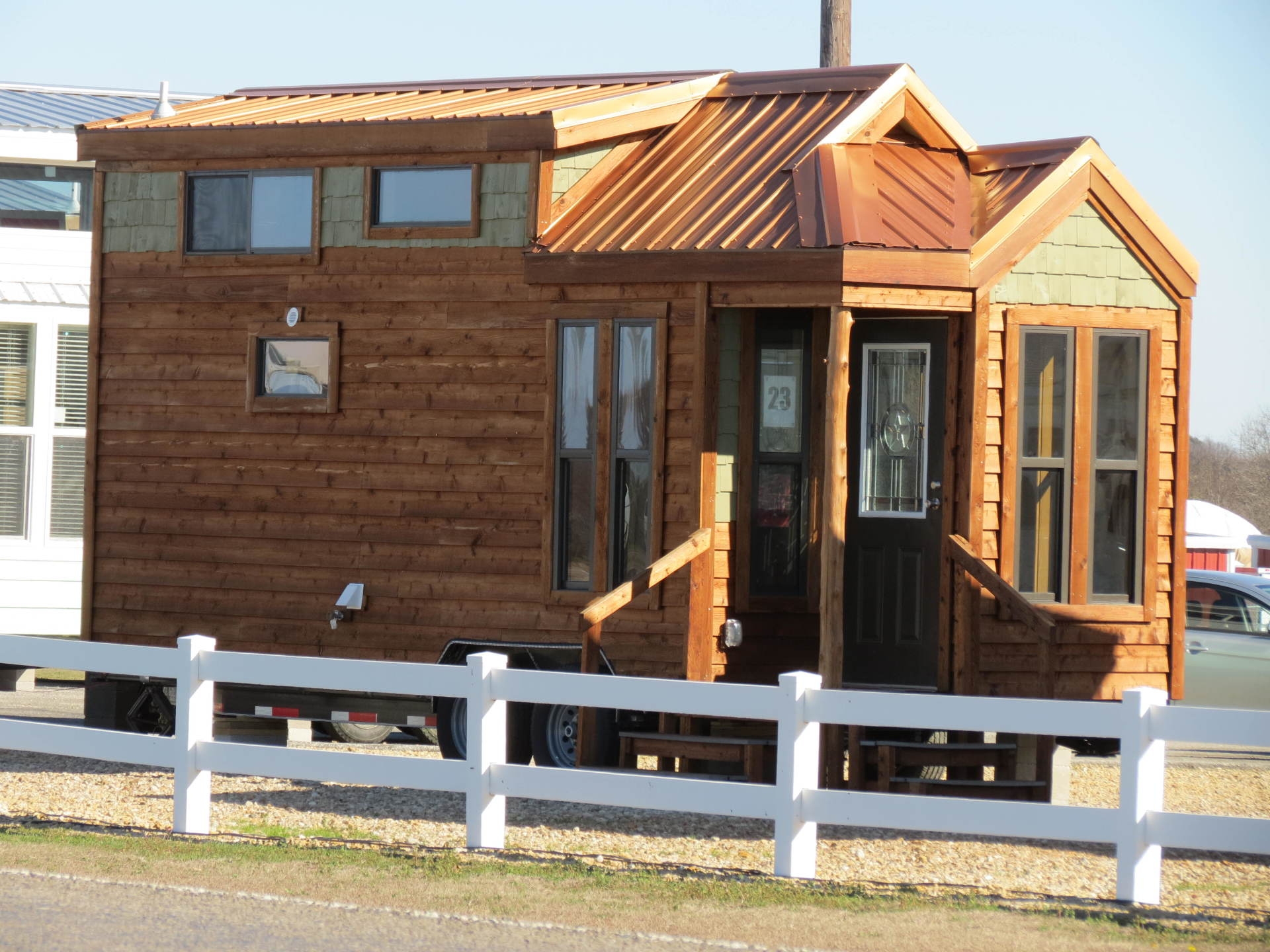 Recreational Resort Cottages and Cabins Towable Tiny Home on Wheels